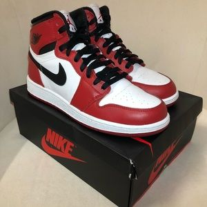 Nike Retro Air Jordan Chicago 1s 1 2013